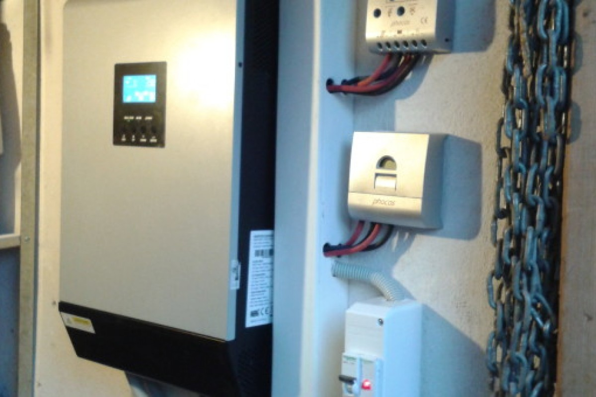 OFF GRID SYSTEM IN A HOLIDAY HOME