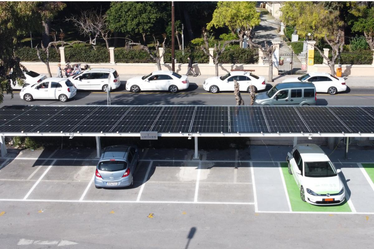 ΑΕΝΑΟΣ: ΑΠΕ και Ηλεκτροκίνηση για τον Δήμο Ρεθύμνης